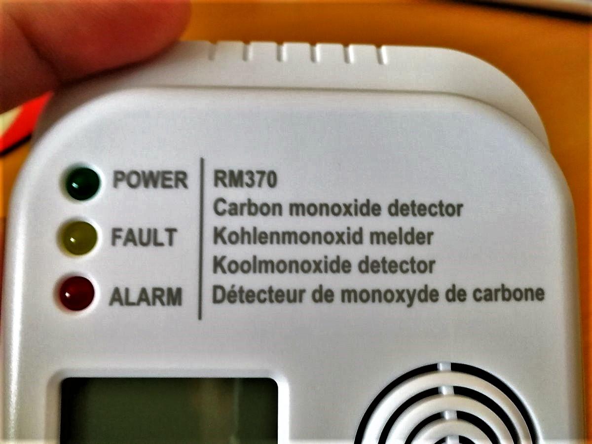 Warnleuchten an einem Smartware CO-Melder